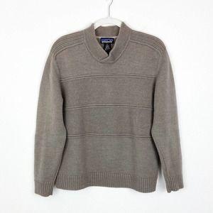 Patagonia 100% Wool Sweater - Large - Gray